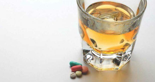 remédios e alcool